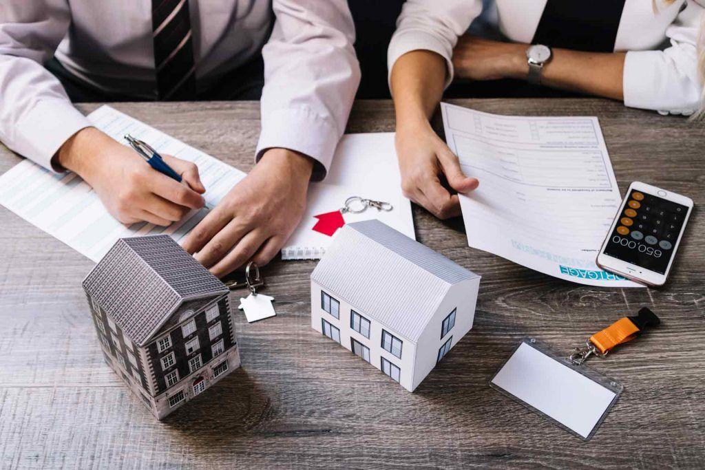 Bajan los desahucios por impago de alquiler e hipotecas